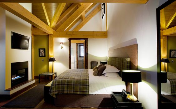 Bighorn Lodge | luxury ski chalet Canada - Chalet Spa collection