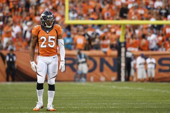 WATCH: Broncos' Chris Harris Jr. intercepts Cam Newton in 2016 season opener