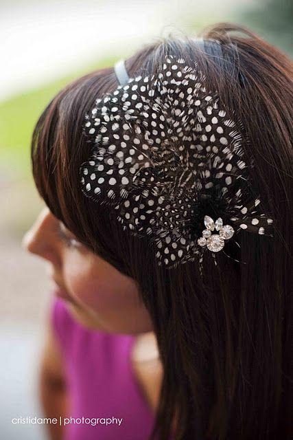 Hair feathers: Feather Hair, Gettin Crafty, Hair Flair, Hair Feathers, Hair Styles, Diy Jewelry, Hair Accessories, Feather Headband, Craft Ideas