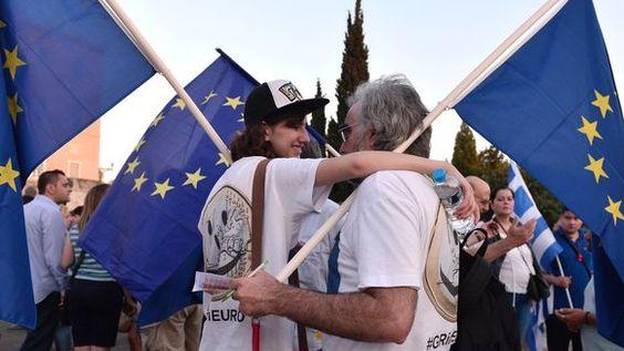 GENERATION KRISE Für die Zukunft Europas! Europa ist gerade dabei, seine Zukunft zu verspielen – die Generation Krise wendet sich ab. Höchste Zeit, der jungen europäischen Bevölkerung Perspektiven zu bieten. EIN GASTBEITRAG VON SVEN-CHRISTIAN KINDLER