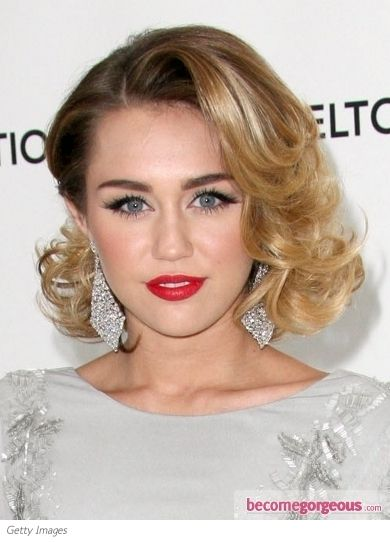 Glam Curly Bob Hairstyle - I almost didn't recognize Miley Cyrus with her new haircut! I really like it.
