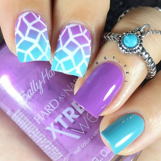 I'm so loving these colors together. Colors used -Violet Voltage- -Big Teal-  both by Sally Hansen