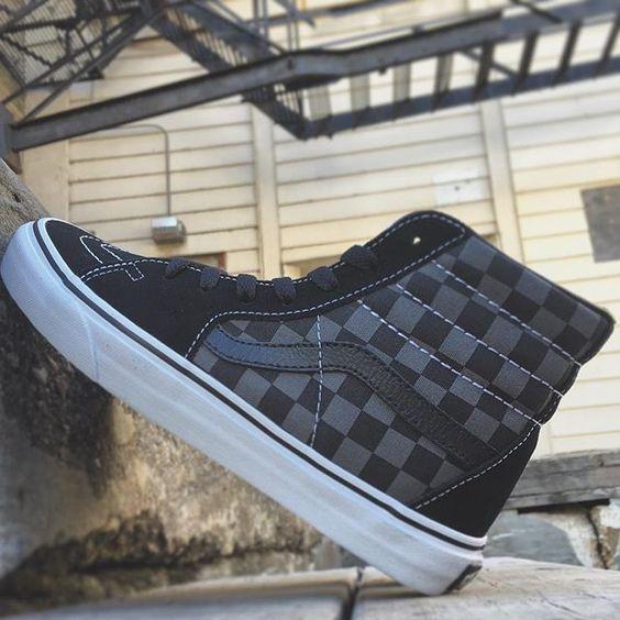 vans sk8 hi checkerboard grey