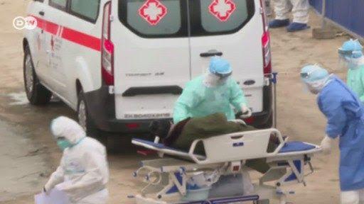 في اليوم الثالث من وفاتي بفيروس الكرونا د طلال الشريف هم يعلنون حالة الطوارئ وأنا في وضع صحي حرج بعد إسبوع من محاولات تشخيص ح Baby Strollers Stroller Children