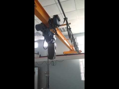 1000ibs 1 2 Ton 500kg Bm Electric Chain Hoist With Electric Trolley Youtube Electricity Hoist Chain