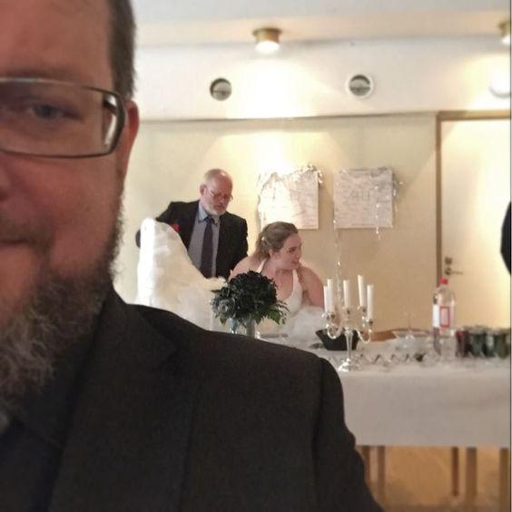 På bröllop. #henrikfrida