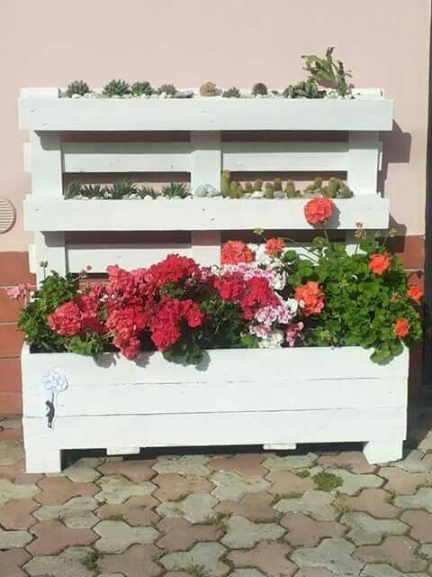 Pallet on pinterest for Arredare il balcone con i pallet