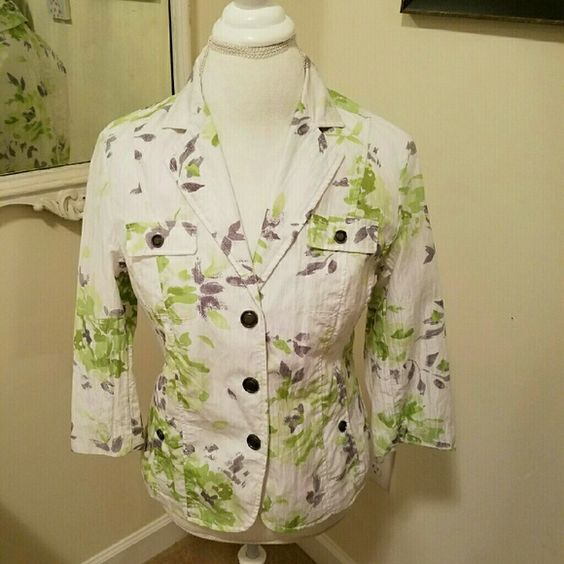 """Coldwater Creek Jacket Excellent Used Condition blazer jacket. Snap buttons...Petite size 10. Sleeves are 3/4 length  80% cotton 20% nylon  Lining is 100% polyester Bust is 19""""  Bundle and Save!  20% off 2 or more! Coldwater Creek Jackets & Coats Blazers"""
