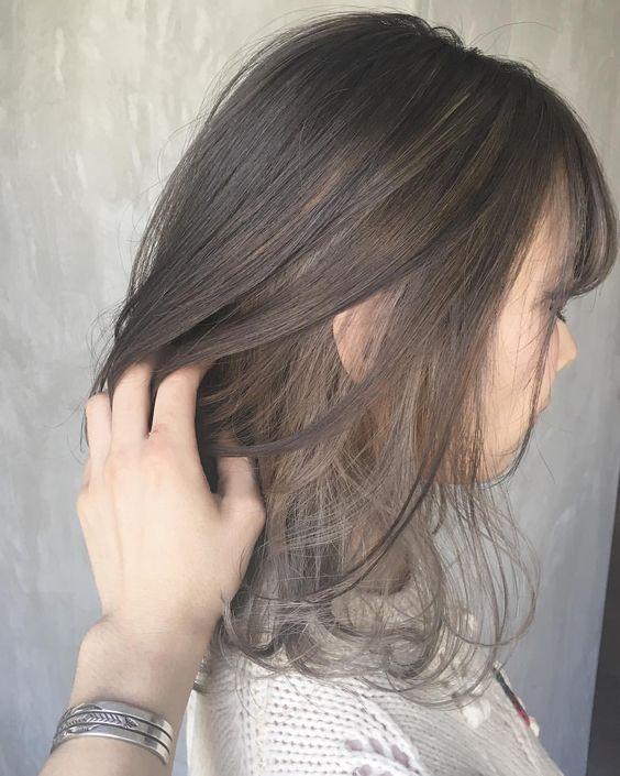 アッシュベージュのおすすめの髪型20選 明るめ 暗めどちらも
