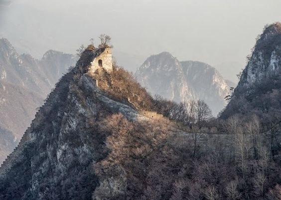Most of the sections of the Great Wall are turned into tourist attractions with souvenir kiosks and touts.