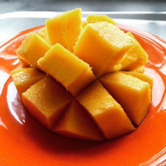 Mango #대한민국 #中國 #二本 #日本 #Mango #Tropical #Fruit #Food #Spring #May #29 #2016 #Caracas #Venezuela #Chicoquick