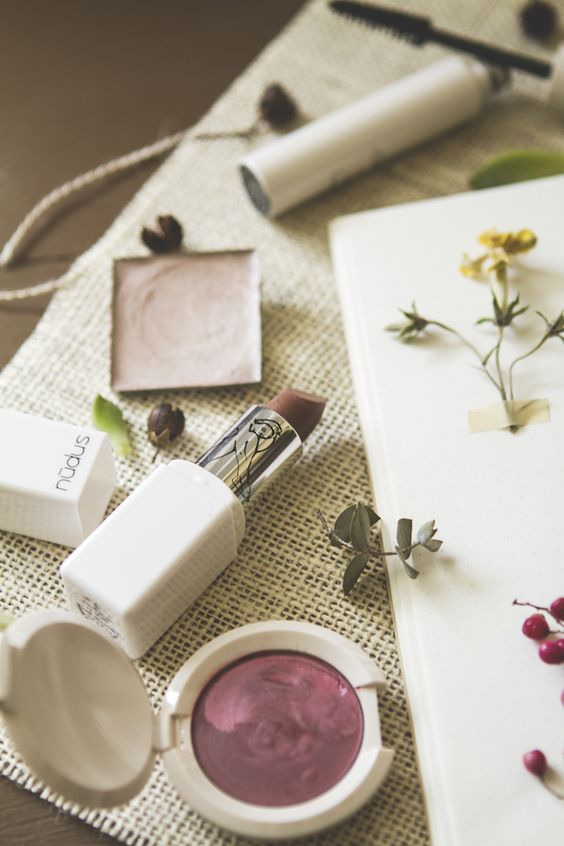 These are some of the best natural makeup brands to know about!