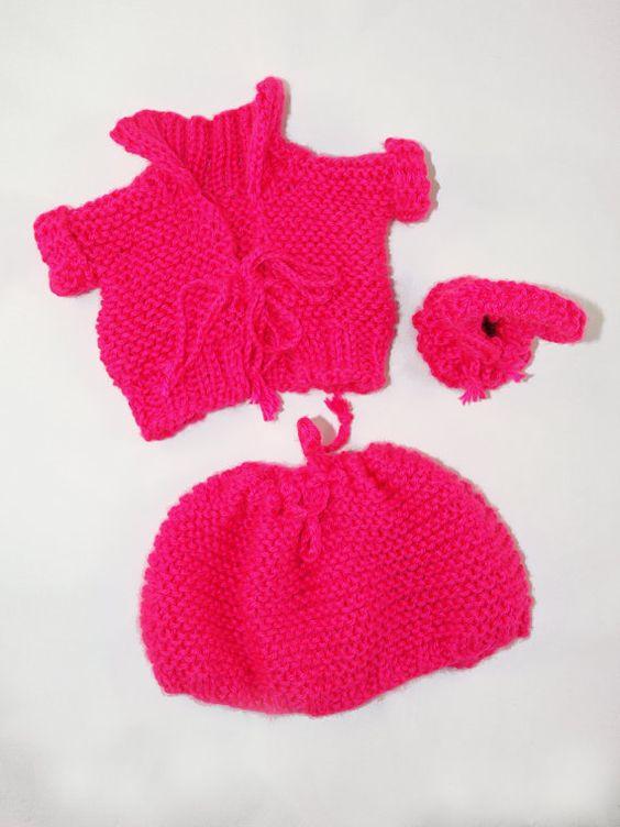 Knitted Three-Piece Hot Pink Jacket Skirt and Purse von NannaLanna