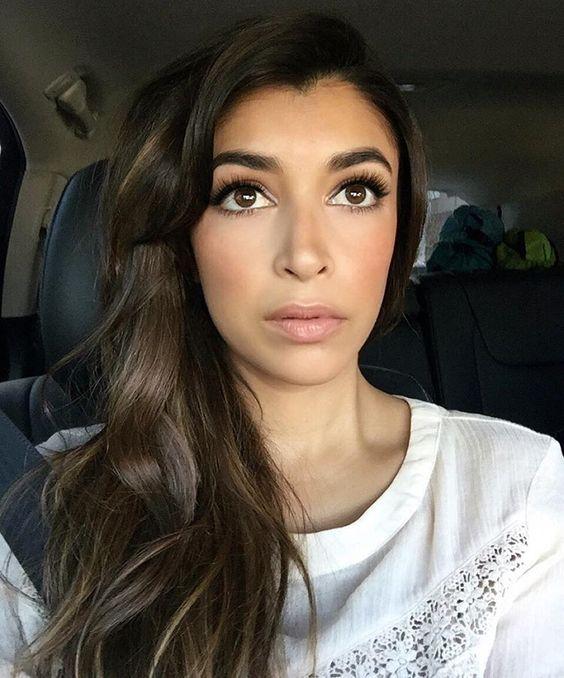 Hannah Simone