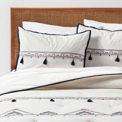 White Embroidered Tassel Comforter Set Twin Twin Xl Opalhouse Beige Bebek Besik Yatagi Bebek Besikleri Kirlent