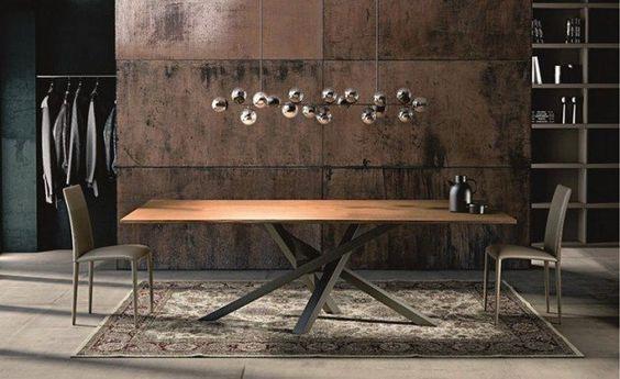 Table à manger en bois naturel à pieds croisés en acier de