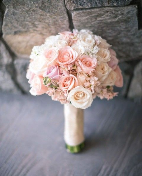 brautstrauss zart rosa pastell spring bouquets wedding blumen pinterest hochzeit. Black Bedroom Furniture Sets. Home Design Ideas