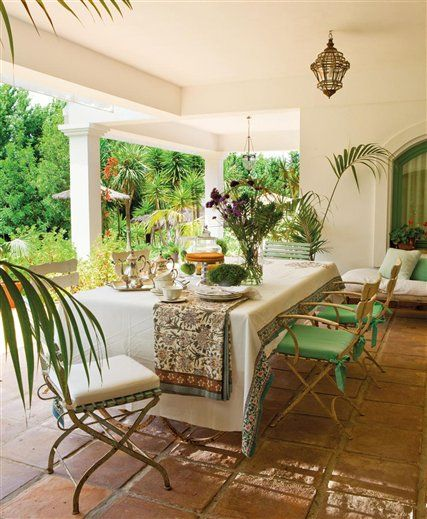White and Green outdoor living  in Spain