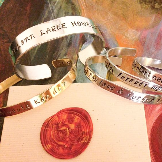 Customize your bracelet with your message and metal type! Click the tag in the pic & it'll take u to my @etsy shop