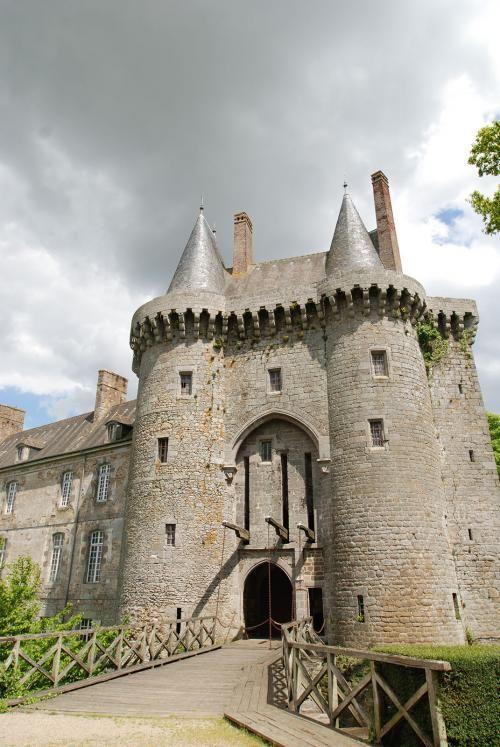 Le Château de MontMuran en Bretagne en France..