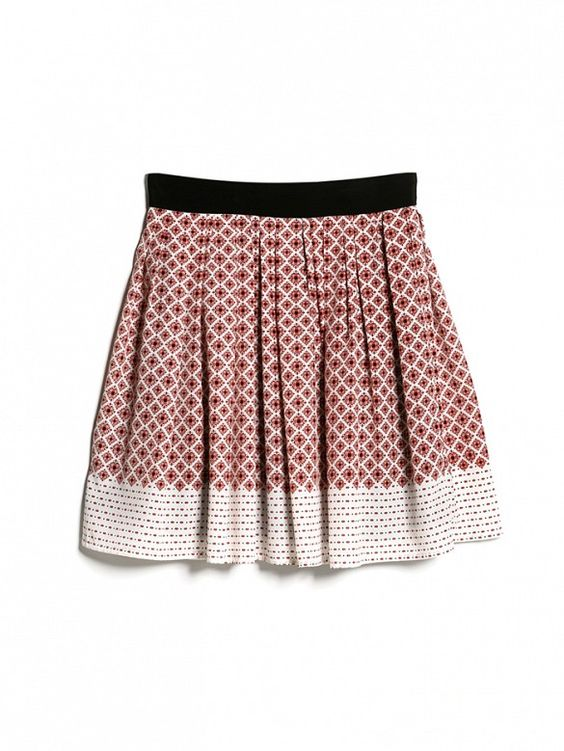 This print is SO beautiful, and this skirt will make your legs look SO long! // Mango Printed Skater Skirt