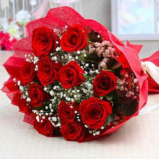 Create Some Unforgettable Moments With Your Love On This Promise Day By Purchases Some Unique Gifts Fro Flowers Online Valentines Flowers Online Birthday Gifts
