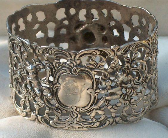 835 Silber Putten Servietten Ring um 1900 von Liebenswerte alte Sachen auf DaWanda.com