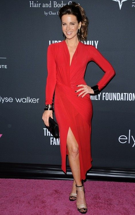 Kate Beckinsale in Donna Karan at the 2013 Pink Party. Caseidi sandals