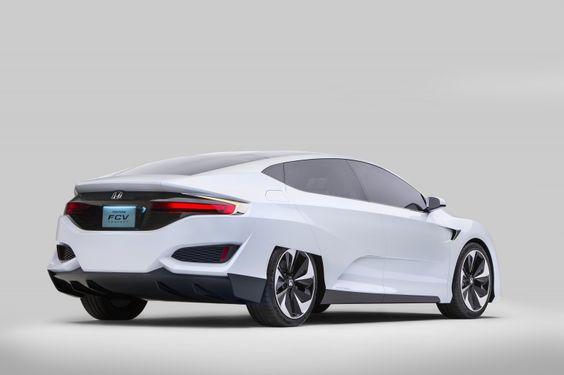 Honda desvela su nuevo turismo de pila de combustible de hidrógeno +http://brml.co/1wmcoqV