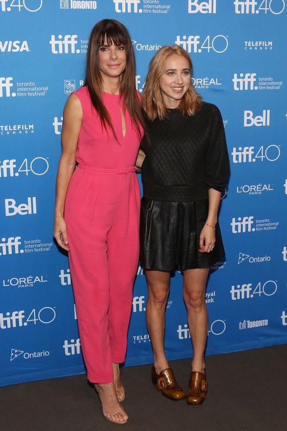 Pin for Later: Désolé NYFW — Mais Il y Avait des Stars Tout Aussi Stylées au Festival du Film de Toronto Sandra Bullock et Zoe Kazan