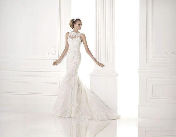 Traumwelt Lautenbacher - Hochzeitskleider | Brautkleider von Pronovias