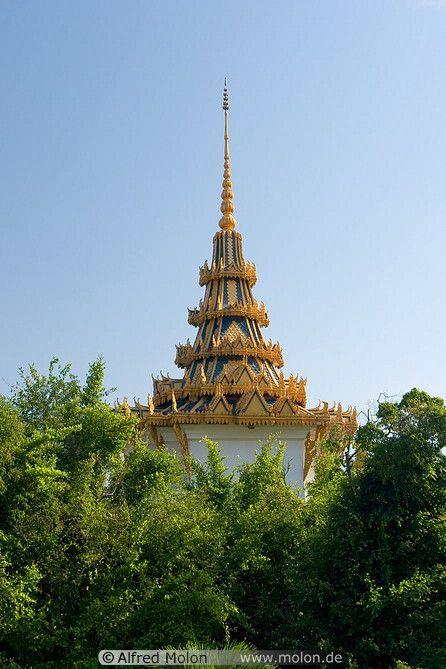 Keong Preah Bat