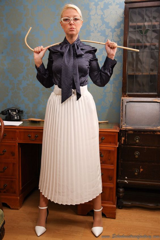 Femdom old fashioned governess dicipline