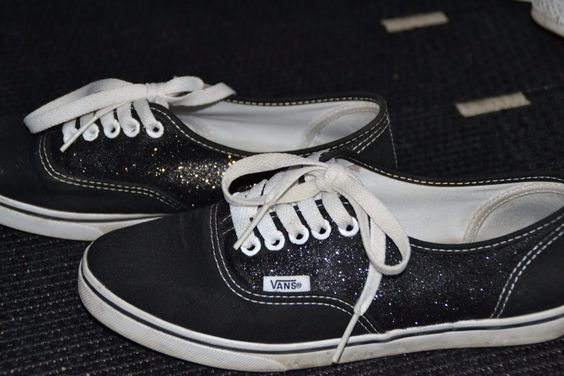 Diy glitter vans. Can't wait to try these ❤️