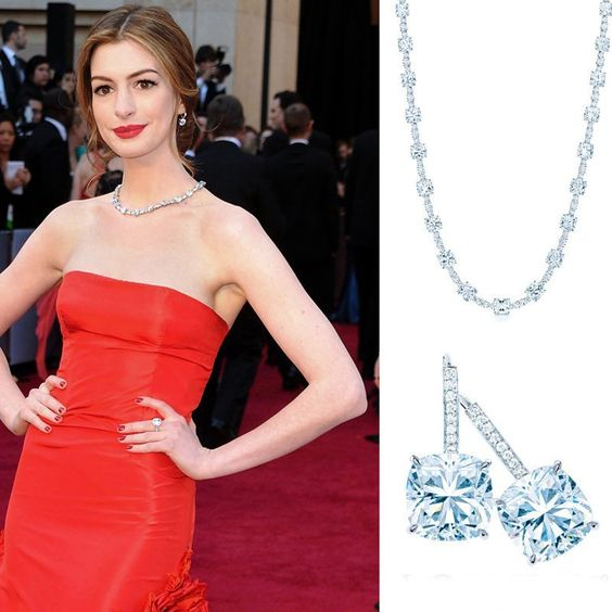 Anne Hathaway in a Tiffany & Co. Lucida Star diamond necklace
