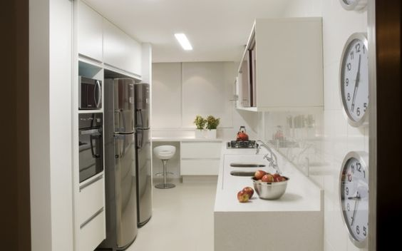 25 Cozinhas com Bancadas para Refeições Rápidas!