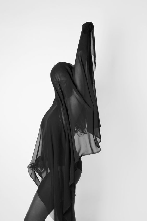 Sheer Expression Photo Series Movement Pinterest Photo Series - Minimalistic black white photo series captures energetic movements mid air