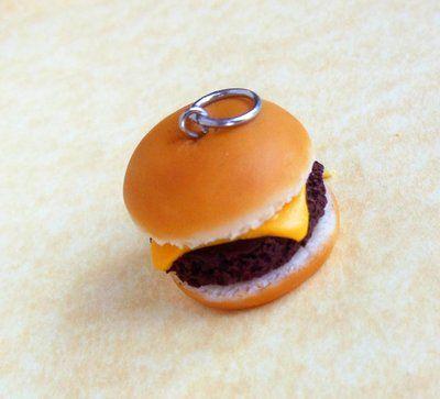little_polymer_clay_cheese_burger_charm_by_scrumptiousdoodle-d61az8o.jpg (400×363)