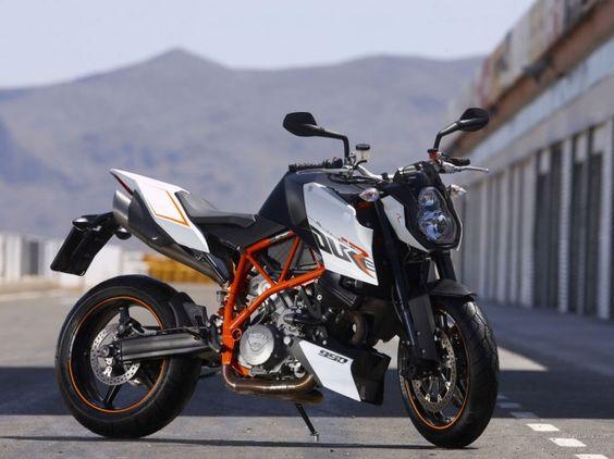 KTM SuperDuke 990  I want these white plastics for my bike.