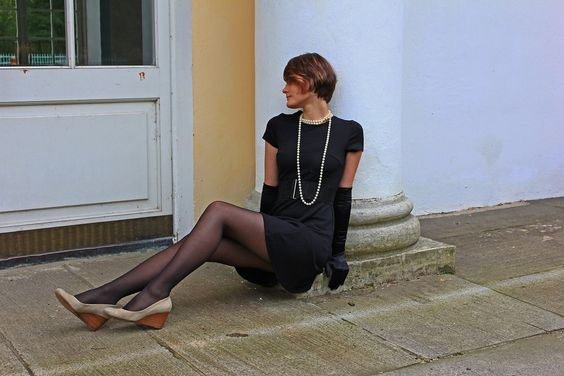 Girl with bob in black T-shirt dress with long gloves #bob #necklace #dress #tight #belt #stockings #nylon #wedges