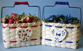 Strawberry Blueberry Love Free pattern