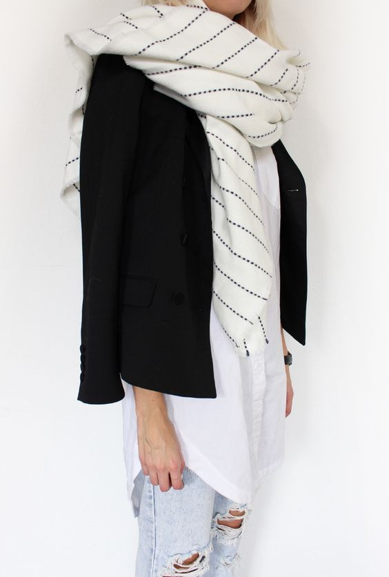 MINIMAL + CLASSIC: Maxi Scarf | Connected to Fashion