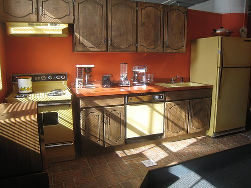 1970s kitchen popular appliance colors were harvest gold for Avocado kitchen cabinets