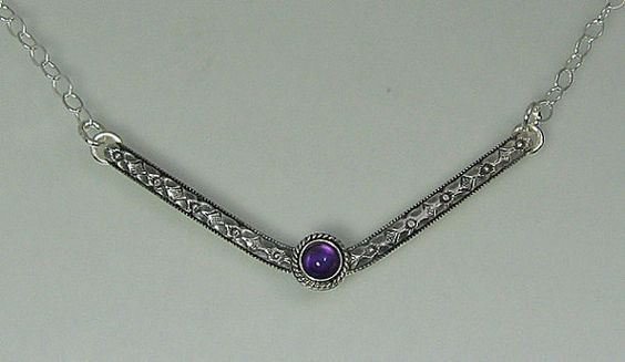 Chevron necklace boho vintage style set with amethyst in sterling silver by Kryzia Kreations