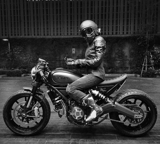 ducati ducati scrambler and custom cafe racer on pinterest. Black Bedroom Furniture Sets. Home Design Ideas