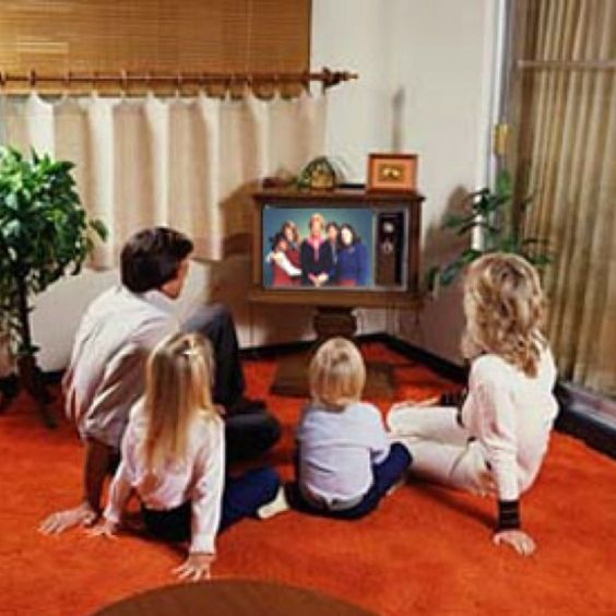 Living In The 90s : TVs and Living rooms on Pinterest