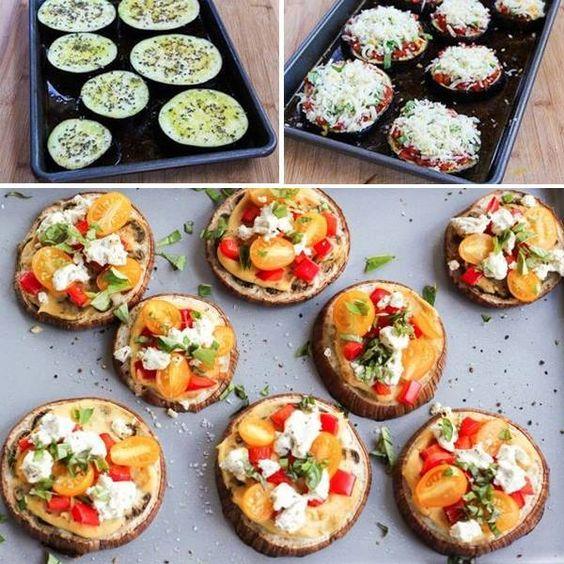 Para saciar a vontade de comer pizza sem sair da dieta, substitua a massa por fatias de berinjela. Adicione ingredientes variados, cebola picada, orégano e queijo por cima e leve ao forno! Fica uma delícia!