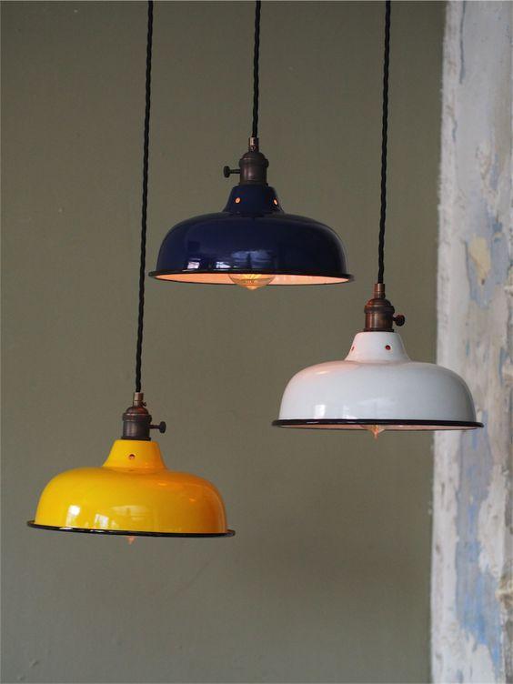 Abat jour emaille lampe industrielle bleu nuit cuisine for Cuisine industrielle