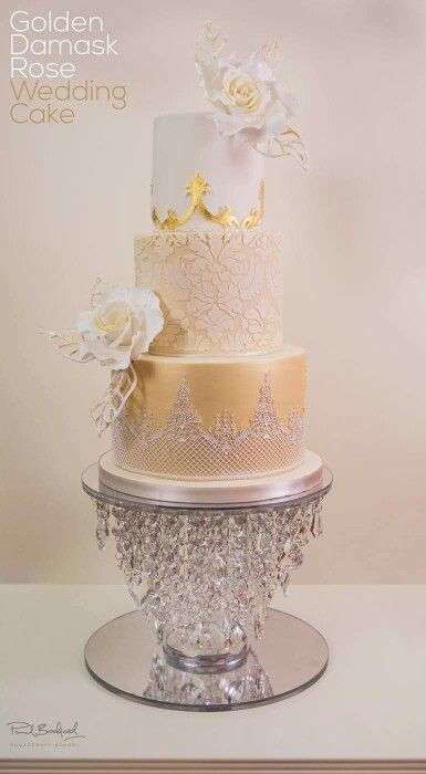 Beautiful wedding and party cakes on pinterest for Beautiful cake stands