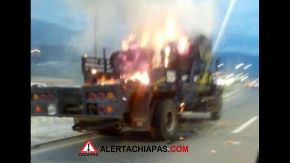 Incendio de camión en carretera Tuxtla – Chiapa de Corzo, tráfico intenso